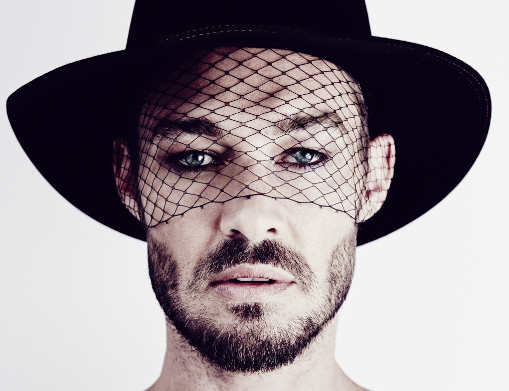 Let S Take A Second To Appreciate How Great Daniel Johns Al Talk Is Please I Mean I Loved Straight Lines By Silverchair