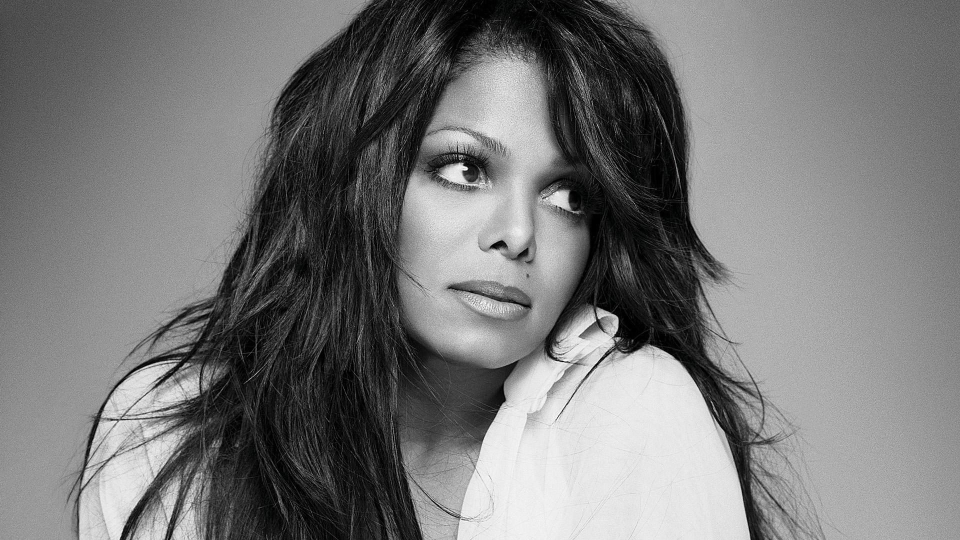 Janet Damita Jo Jackson née le 16 mai 1966 à Gary dans lIndiana est une chanteuse de RampB américaine Neuvième et dernier enfant de la famille Jackson elle est
